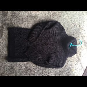 H&M Shirts & Tops - Barely used sweater